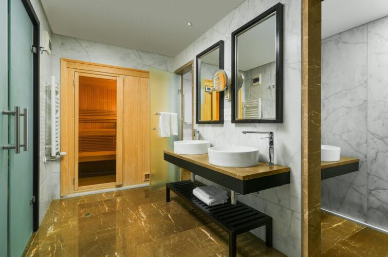 Radisson Blu Royal Bathroom